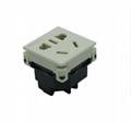 中国3C国标GB二三极组合插座带保护门(R16BTNS-W)