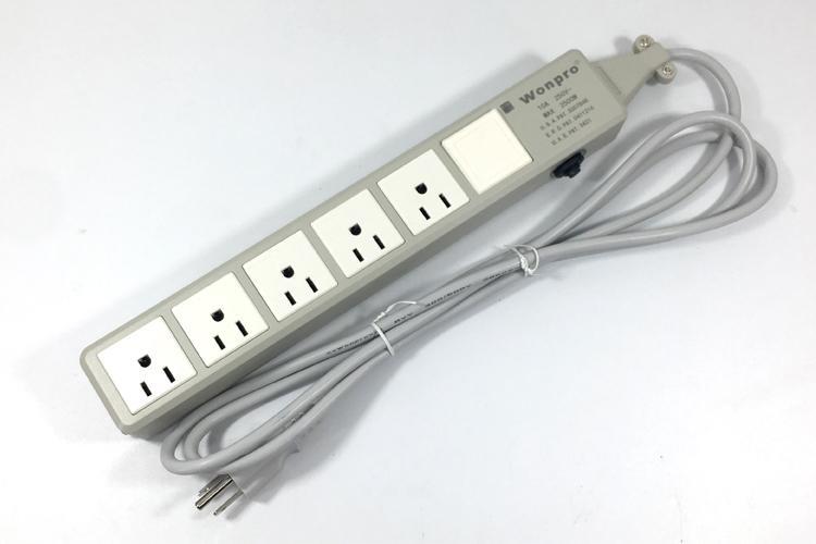 防雷型五位美标插座转换器带一个总控开关 排插