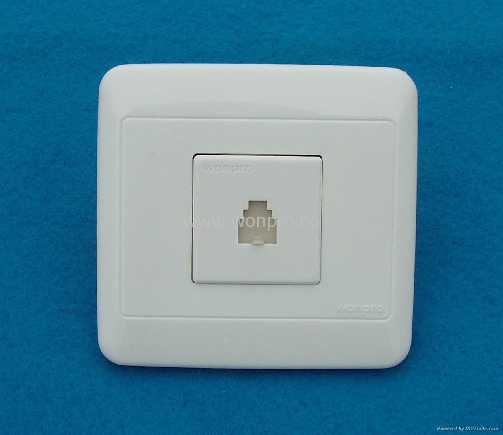 WF86N高级墙壁插座 4