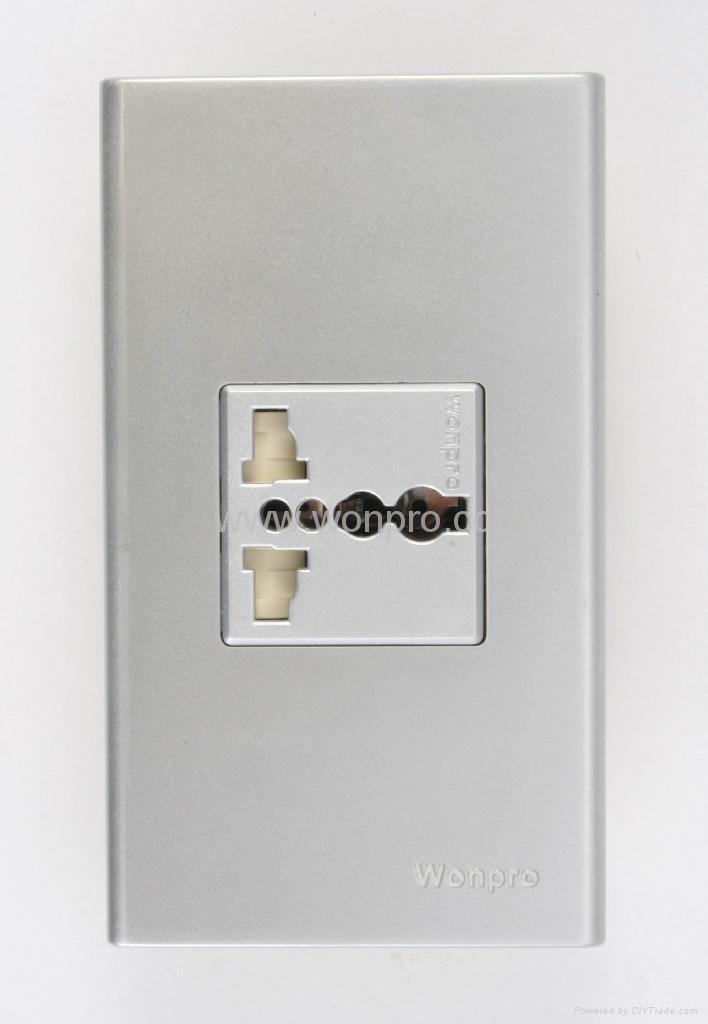 WFN series Advanced Universal socket-outlet 1