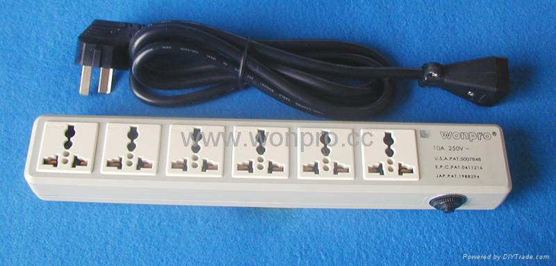 防雷型六位万用安全插座带一位CBS开关转换器(排插) 3