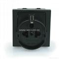 英卡入式工业用一位欧洲通插座黑
