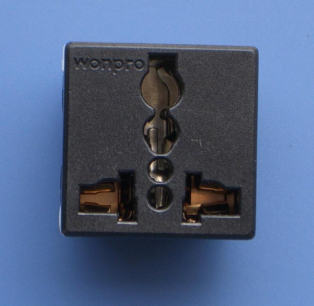 万用多用途插座模块 4