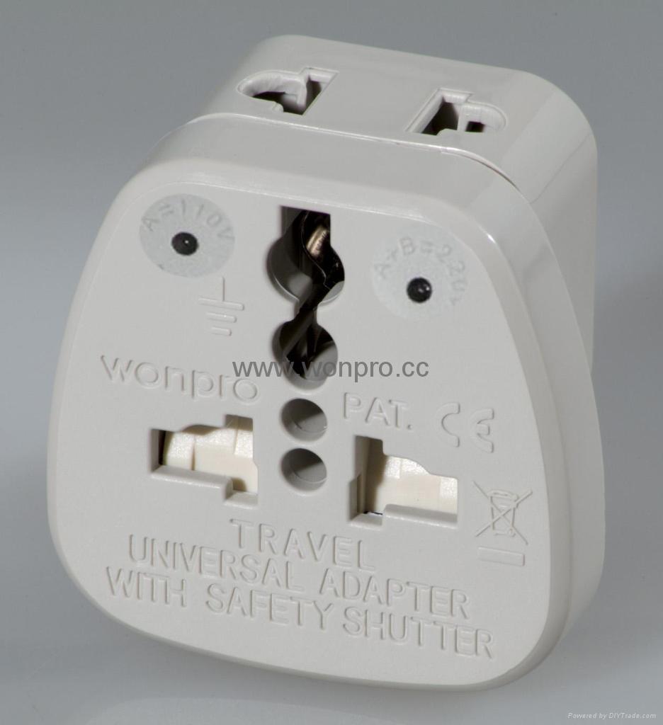 万用安全旅游转换器附有双电压指示与突波吸收器(WASDBvs系列) 1