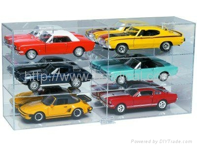 Diecast Display Case, model car displays-Acrylic 1:18 Scale Car Display Case features a black base with gold risers, clear cover, and a mirrored back. The acrylic displays contain U.V. absorbers to help protect your memorabilia from ultraviolet yellowing. Use this product to protect, store and display your collectible diecast cars from NASCAR, IRL, CART, Formula 1 and others.  Holds a 1:18 scale die cast car  Made of high clarity acrylic  Exterior: 13 11/16 X 8 1/2 X 6 1/4  Interior: 12 7/8 X 6 7/16 X 4 1/2  UV Protection   Wholesale acrylic toycase,model car display  we are professional for the acrylic display stand.  we accept small order  pls preview http://www.acrylical.com to get more detail.  sammy@acrylical.com