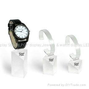 Watch display stand with 5 cuff