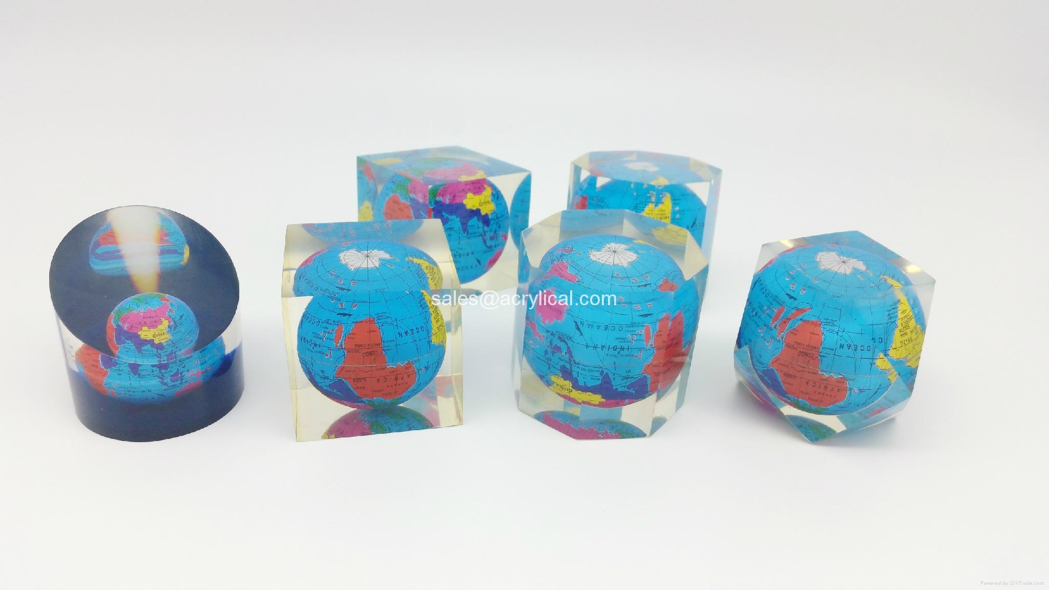 Acrylic Embedment,Acrylic Embedment Awards,Promotional Awards & Products,gifts,  corporation gifts, acrylic embedment award,Lucite Embedments,Acrylic Embedment-Corporation gifts,Promotion gifts,acrylic logo block,acrylic paper weight