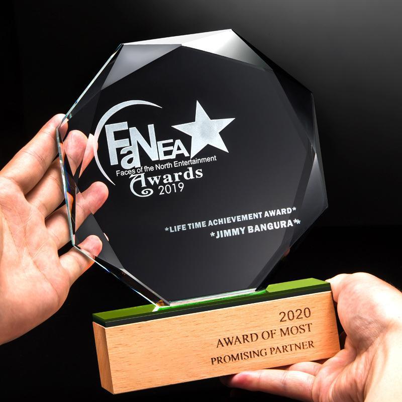 实木雕刻制作,纪念奖, 木制水晶纪念币相框 ,木制雕刻