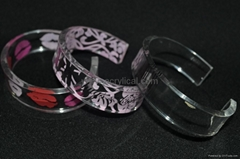 Acrylic bangle bracelete