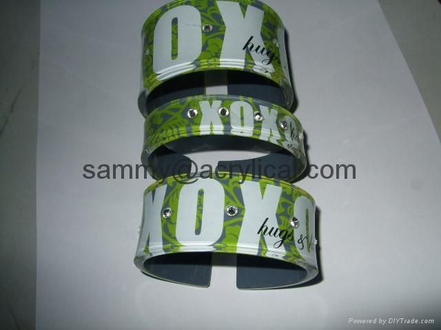acrylic bangle with laser engraving,Acrylic Bangle Bracelet ,fashion bangle,Acrylic display stands, Acrylic sign letter ,Acrylic photo Frame,Literature displays, Brochure holders, Acrylic sign holder,Menu stand,Promotion gifts,Cell phone display stands, Acrylic Easel Book Holder Rack,Acrylic display case/Box ,Diecast car display case ,Trophies, Artistic ,POP display stands,Acrylic coaster,Jewelry display stand,dome display, eyewear display stands,LED lighting  Box,Poster display,LED display stands,Watch display stand,Counter top display stand,POP stand,POP display,Floor Standing Unit ,PETG,PVC,Vacuum forming,Window display stand,Acrylic Award,Cosmetic display,metal display rack, acrylic display rack.wooden display rack,retail shop display stand.