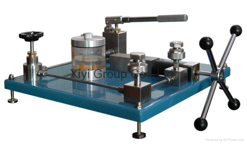 Pressure gauge tester