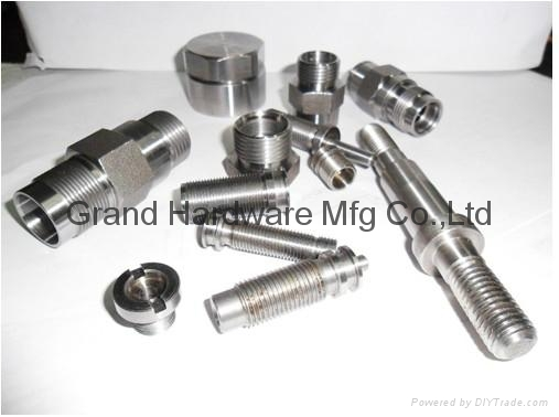 Precision lather steel parts 1