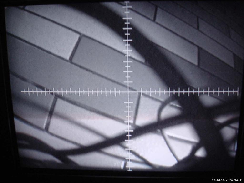 带十字刻度线摄象机 1