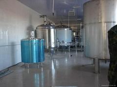 专业提供格瓦斯饮料生产线设备