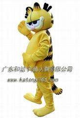 表演卡通加菲猫
