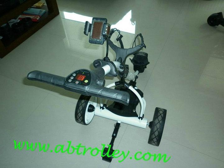 Digital Amazing electrical golf trolley  2
