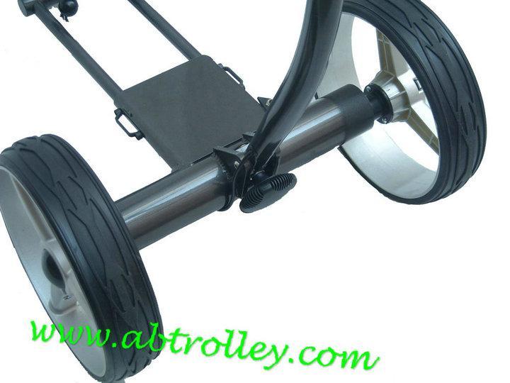 X3R Fantastic remote control golf trolley with lithium battery, tubular motors 2