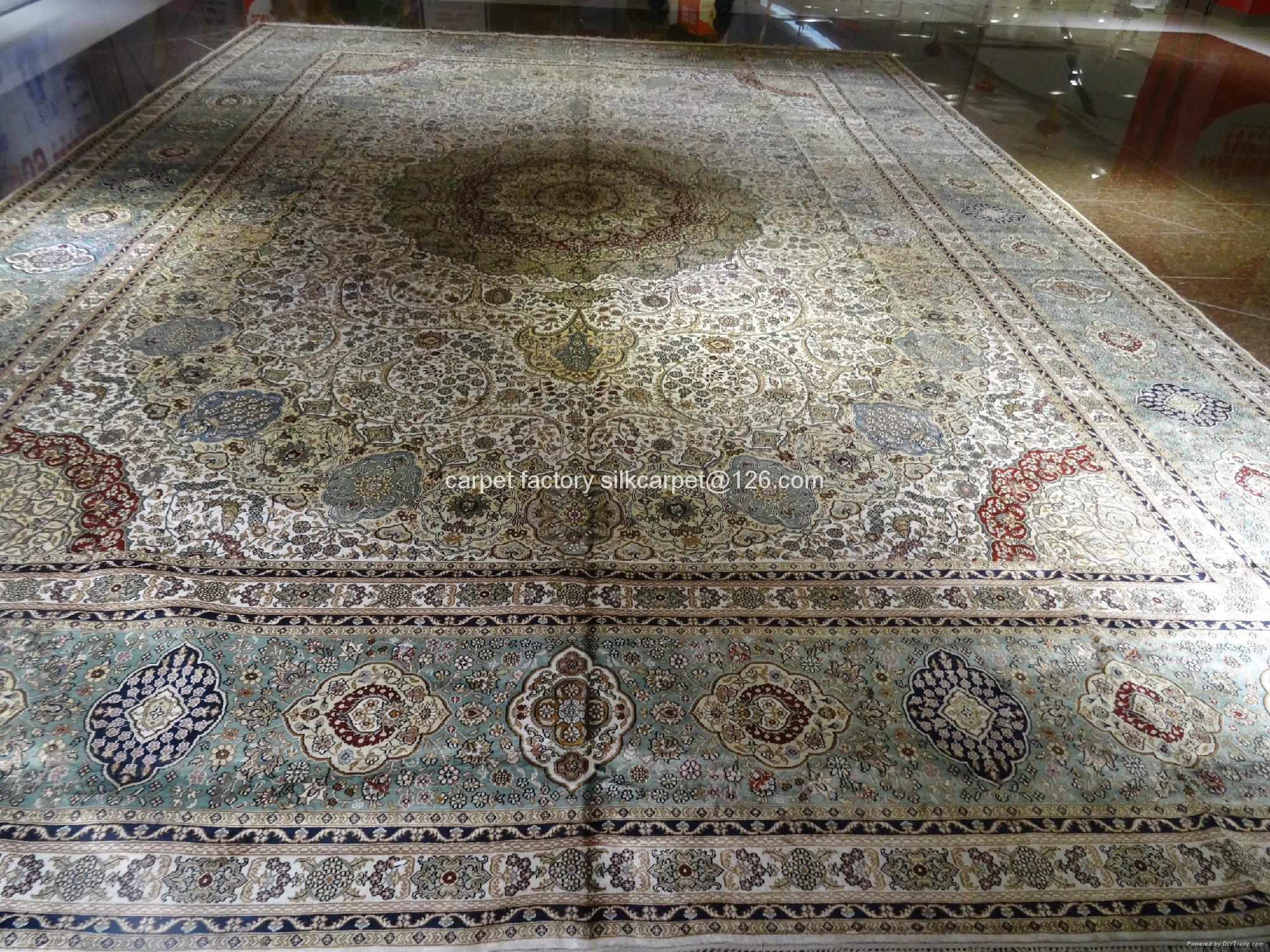 二塊旺福旺財的傳世藝朮挂毯,只有老闆可擁有. 2