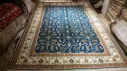 广州环市中路303号亚美批发手工真丝波斯地毯 1