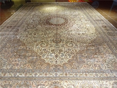 Factory Price Direct Selling Pure Handmade Persian Style Silk Carpet 600L
