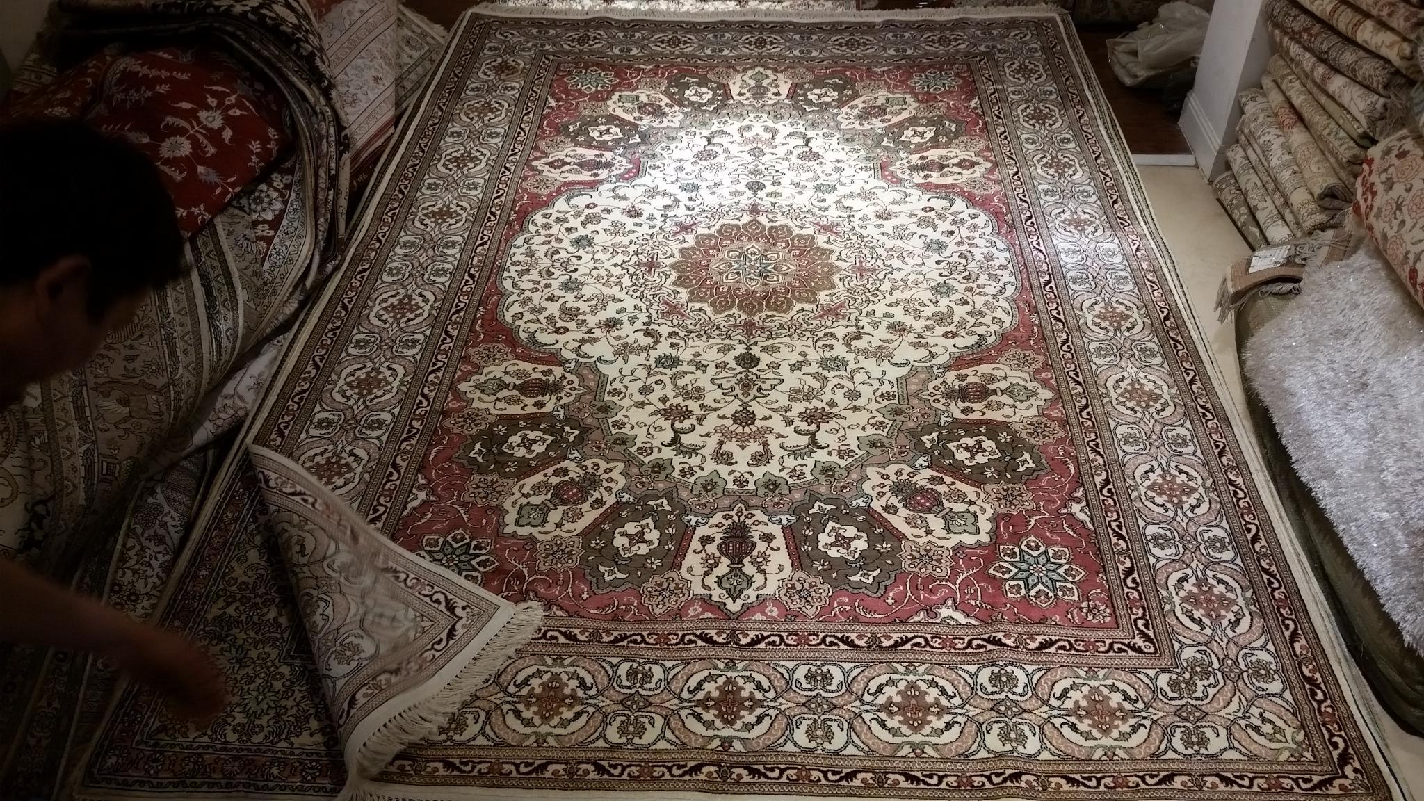 Wholesale Price 5x8ft Turkish Hand Knotted handmade Silk Carpet /persian carpet 1