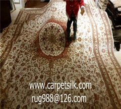 The hand-made carpet of Kewang's wife. Yamei producing Persian pattern carpet