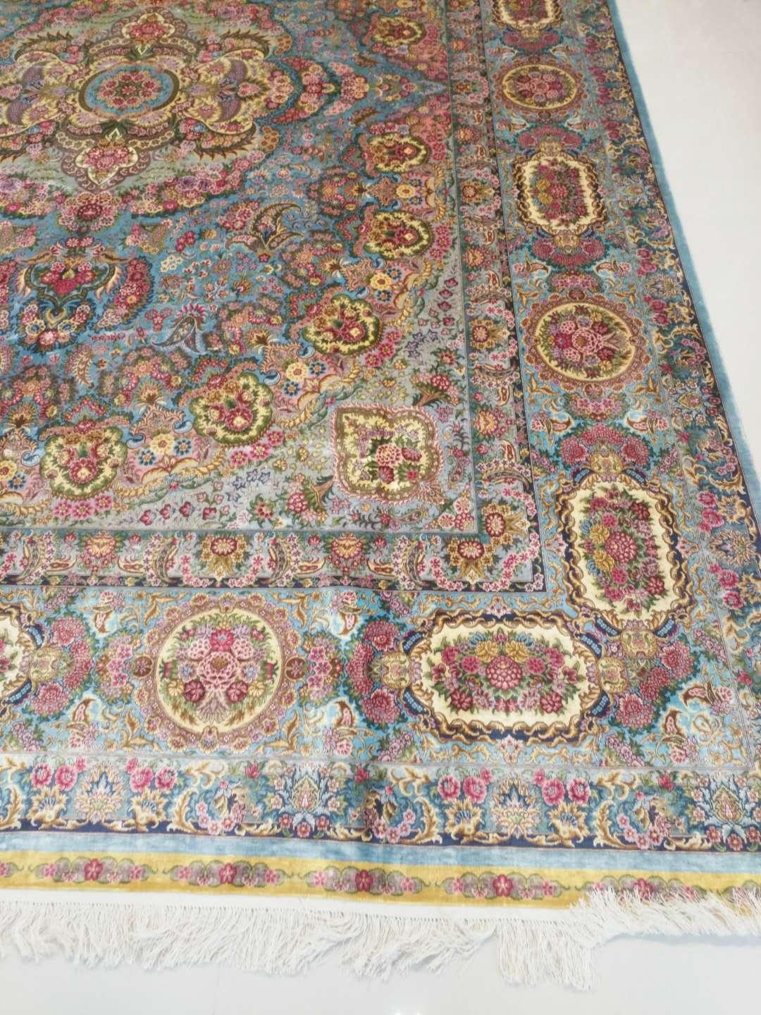 A good manufacturer of handmade silk carpet in China Xichuan Yamei carpet Factor 5