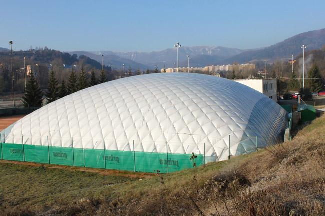 優先供應隔熱、隔音的大型氣膜帳篷35x70m 1