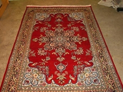 The cleaning of silk carpet should pay attention to the following matters