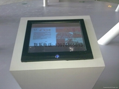 長沙觸摸屏顯示器
