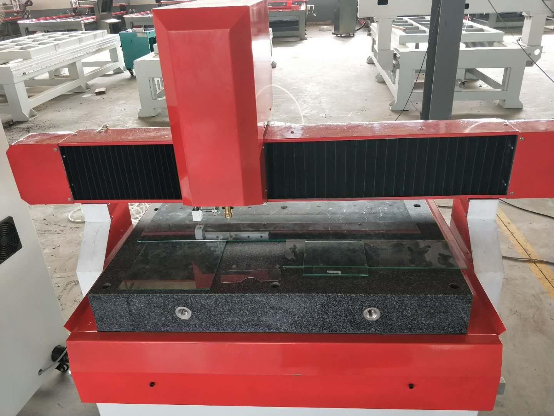 朝陽數控超薄玻璃切割機 2