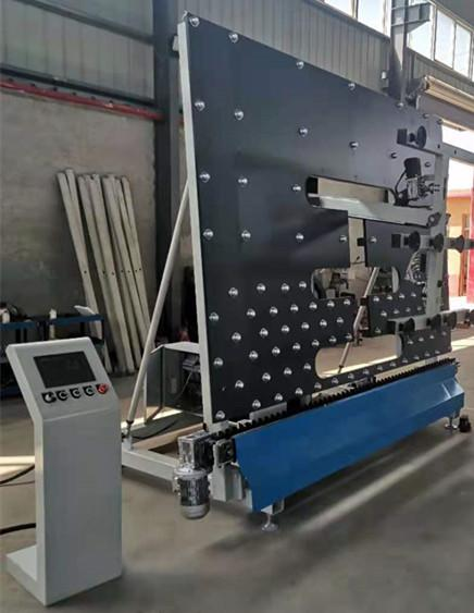 Automatic loading machine for insulating glass 3