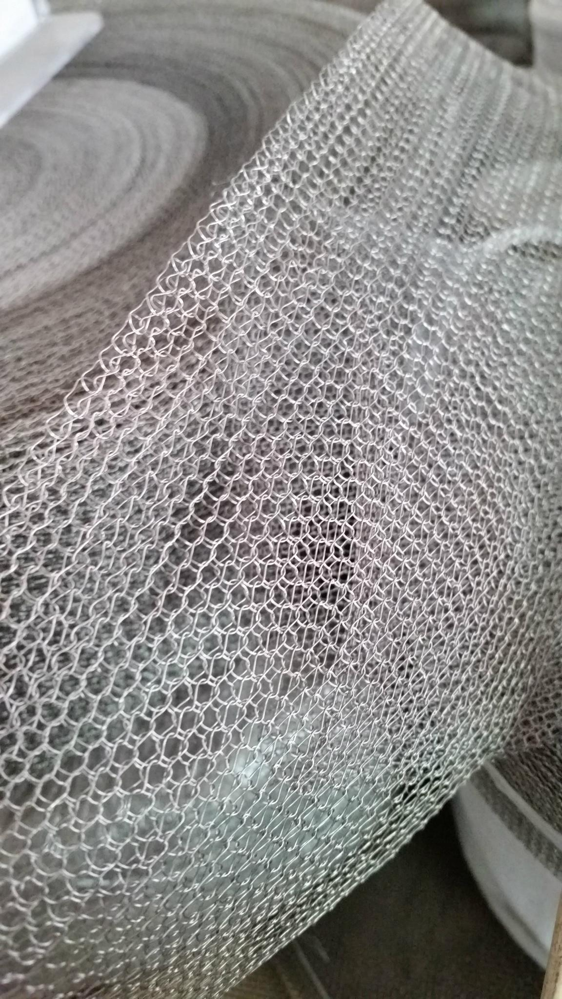 STAINLESS STEEL KNITTED WIRE MESH - FLS-09 - FLS (China Manufacturer ...
