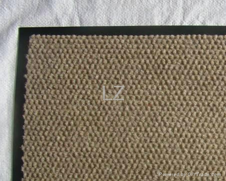 Durable Economical Price Walk Off Door Mat 100 Polyester