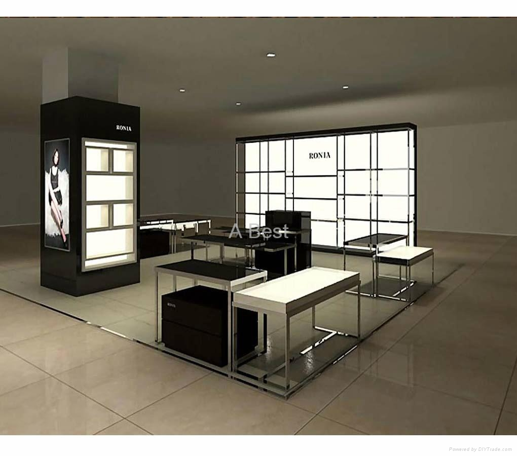 Cosmetic Counter 008 3