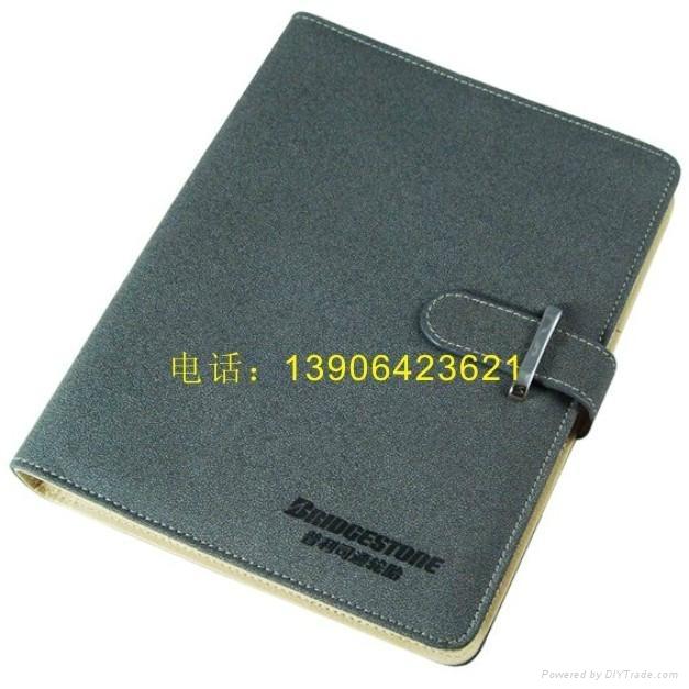 提供各種帶筆高檔商務記事本