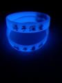 UV硅胶手环夜光腕带发光手镯荧光手带