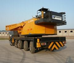 加藤NK120噸起重機
