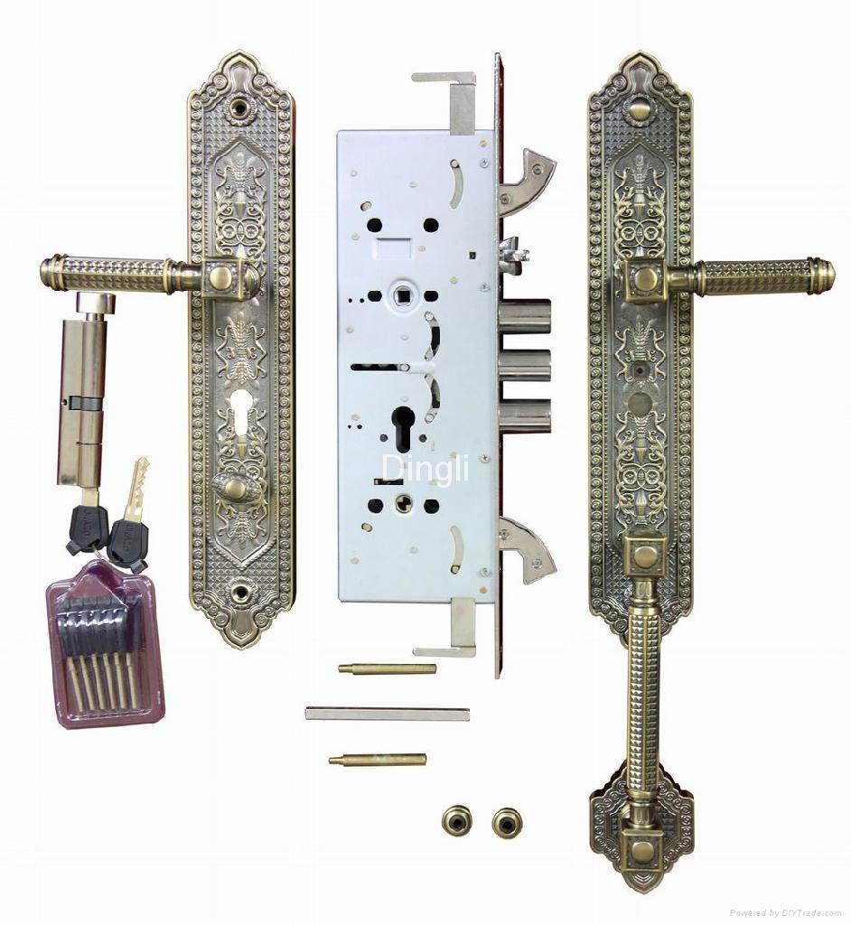 Cast aluminum door 4