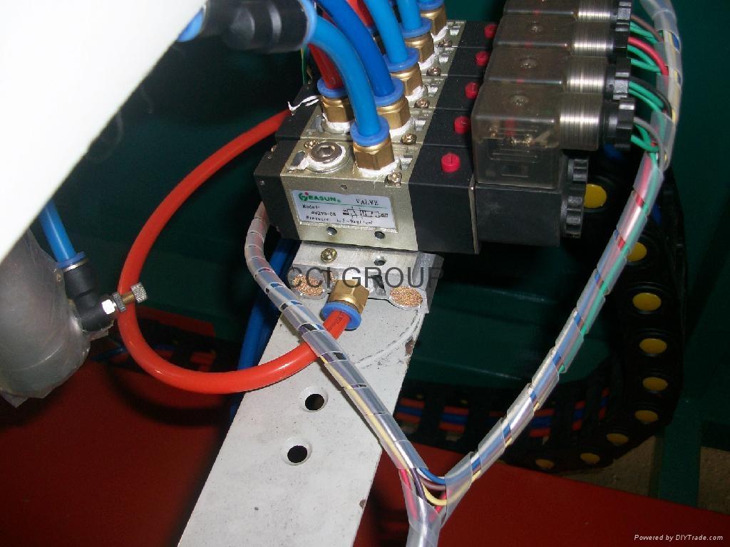 Vinyl Profile Four Head Welding Machine for Window and Door 5