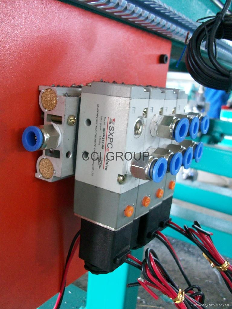 Corner Cleaning Machine with CNC for PVC Door and Window 2