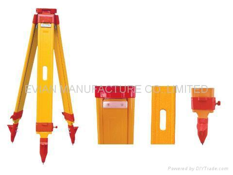 Wooden Tripods for Surveying Instrument 1