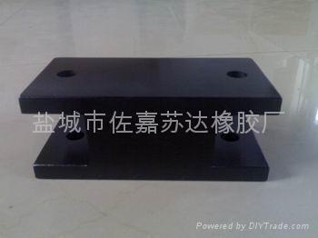 PB板式橡胶隔振器 1