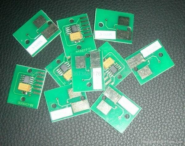 PFI-704 cartridge chip for Canon iPF8300 iPF 8310 iPF8300S  3
