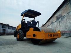 洛阳6吨单钢轮座驾式压路机