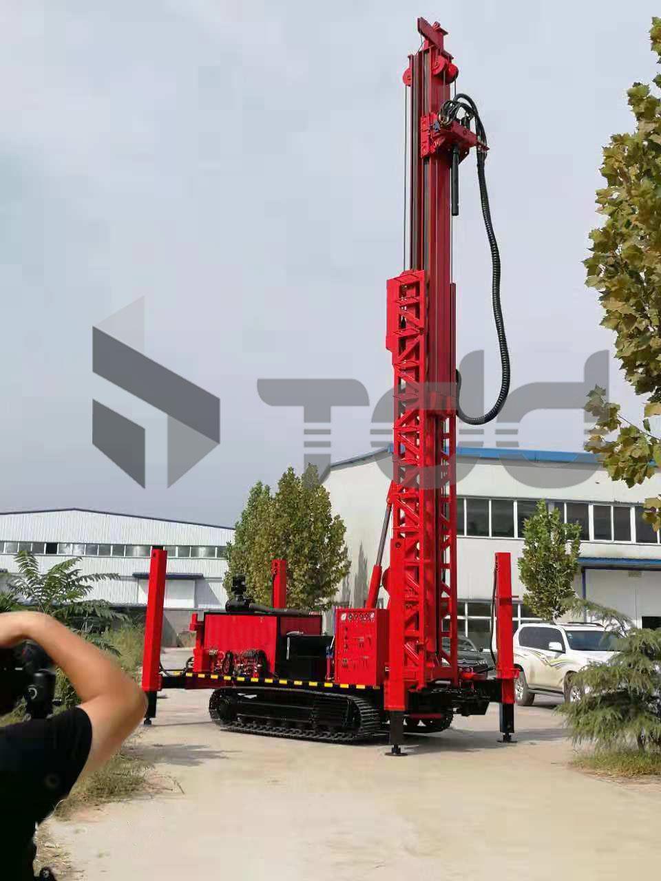 TDD-1000 水井鑽機 1