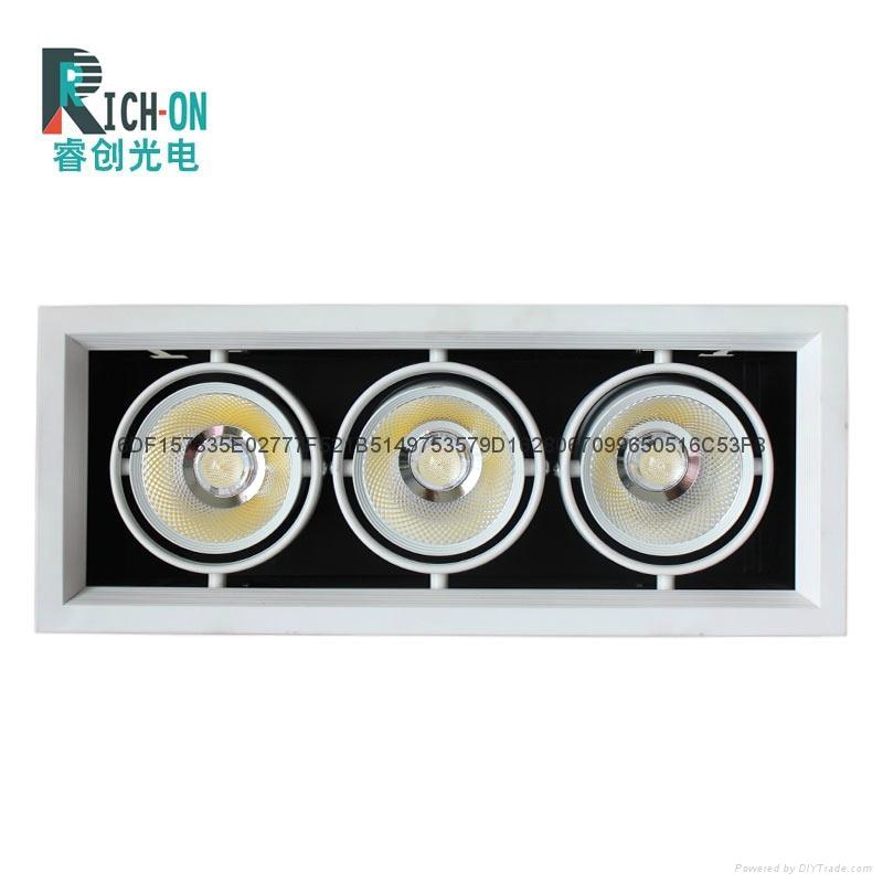 睿创AR70系列三头LED豆胆射灯 1