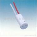 G4.0-G5.3-G6.35ceramic lamp holder in white color 3