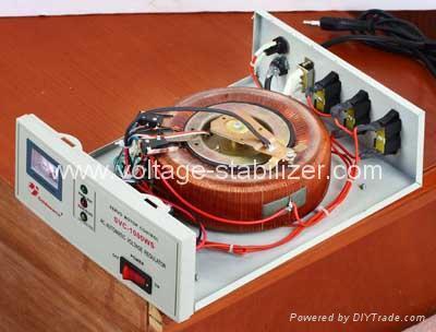 A.C VOLTAGE REGULATOR SVC-500WD/ 1000WD 3