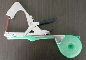 臺灣SUCA第3代葡萄綁枝機綁蔓機 1